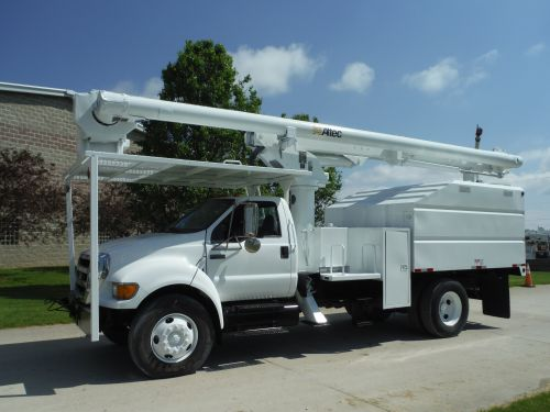 2008 FORD F750, 11' FORESTRY BODY, 61' WORK HEIGHT ALTEC LRV56 MODEL BOOM