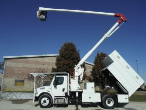 2009 FREIGHTLINER M2, 11' READING FORESTRY BODY, 60' WORK HEIGHT ARIEL LIFT 60505 MODEL BOOM