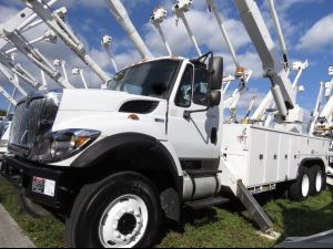 2012 INTERNATIONAL 7400 6X6 UTILITY BED 82 FT WORK HEIGHT ALTEC A77 ARTICULATING AND TELESCOPIC BOOM