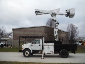 2008 FORD F750, 16' FLATBED, 60' WORK HEIGHT ALTEC TA45-L55 MODLE BOOM