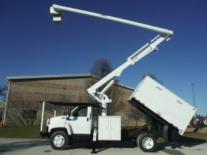 2008 GMC C7500, 11' SOUTHCO FORESTRY BODY, 60' WORK HEIGHT ALTEC LRV55 MODEL BOOM