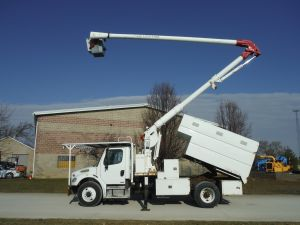 2010 FREIGHTLINER BUSINESS CLASS M2, 11' READING FORESTRY BODY, 60' WORK HEIGHT AERIAL LIFT 60505IL4H MODEL BOOM