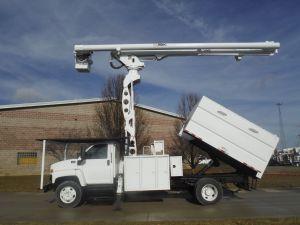 2009 GMC C7500, 11' SOUTHCO FORESTRY BODY, 75' WORK HEIGHT ALTEC LRV60-70 ELEVATOR MODEL BOOM