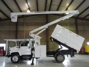 2008 GMC C7500, 11' SOUTHCO FORESTRY BODY, 60' WORK HEIGHT TEREX HI RANGER XT55 MODLE BOOM