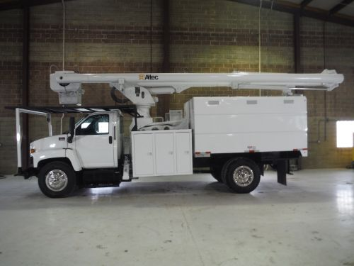 2009 GMC C7500 11 FT SOUTHCO FORESTRY 75 FT WORK HEIGHT ALTEC LRV 60-70 ELEVATOR MODEL BOOM