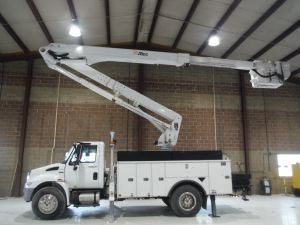 2014 INTERNATIONAL 4300 16 FT ALTEC UTILITY BED 65 FT WORK HEIGHT ATLEC TA 60 MATERIAL HANDLER MODEL BOOM