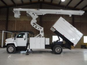 2005 GMC C7500 11 FT SOUTHCO FORESTRY BODY 75 FT WORK HEIGHT ALTEC LRV60-70 ELEVATOR MODEL BOOM