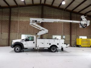 2013 FORD F550, 14 FT ALTEC UTILITY BODY, 45' WORK HEIGHT ALTE AT40MH MATERIAL HANDLER MODEL BOOM