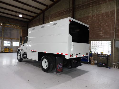 2013 INTERNATIONAL DURASTAR 4300, 14x6' HIGH CAPACITY CHIP BODY