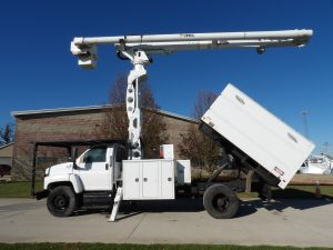 2009 GMC C7500 11 FT. SOUTHCO FORESTRY BODY 75 FT WORK HEIGHT ALTEC LRV60-70 ELEVATOR MODEL BOOM