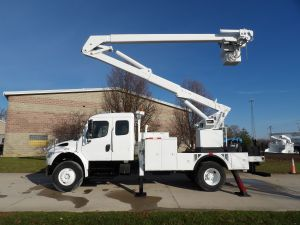 2010 FREIGHTLINER M2 BUSINESS CLASS, 13' FLATBED, 55' WORK HEIGHT LIFT ALL LOM-50-1S MODEL BOOM