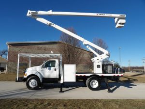 2010 FORD F750, FLATBED, 65' WORK HEIGHT TEREX HI-RANGER XT60 MODLE BOOM