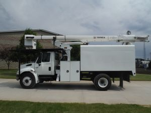2009 INTERNATIONAL 4300, 12' FORESTRY BODY, 65' WORK HEIGHT TEREX XT-60 MODEL BOOM