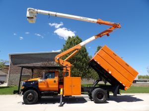 2010 FORD F750, 11' FORESTRY BODY, 60' WORK HEIGHT TEREX HI-RANGER XT55 MODLE BOOM