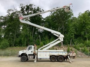 2010 FREIGHTLINER M2 112 6X6, UTILITY BED, 98' WORK HEIGHT ALTEC A77T-E93 MATERIAL HANDLER ELEVATOR MODEL BOOM