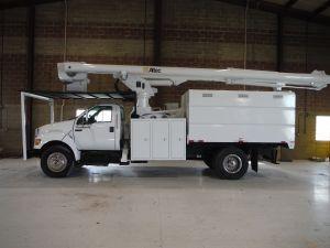 2011 FORD F750, 11' FORESTRY BODY, 75' WORK HEIGHT ALTEC LRV60-70 ELEVATOR MODEL BOOM