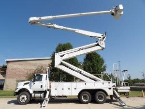 2012 INTERNATIONAL 7400 105 FT WORK HEIGHT ALTEC AM 900-100E DOUBLE ELEVATOR MODEL BOOM