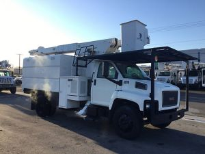 2009 GMC C7500 11 FT SOUTHCO FORESTRY BODY 60 FT WORK HEIGHT LIFT-ALL LSS55-1S MODEL BOOM
