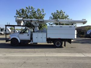2009 FORD F750 11 FT ALTEC FORESTRY BODY 75 FT WORK HEIGTH ALTEC LRV60-70 ELEVATOR MODEL BOOM