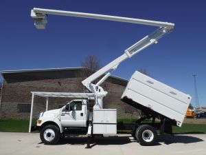 2010 FORD F750, 11' FORESTRY BODY, 61' WORK HIEGHT ALTEC LRV56 MODEL BOOM