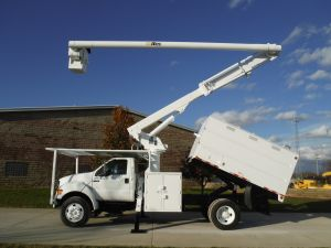2010 FORD F750, 11' FORESTRY BODY, 60' WORK HEIGHT ALTEC LRV55 MODEL BOOM