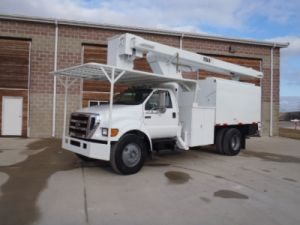 Bucket Trucks up to 29 Feet