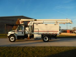 2004 International 4300 60 ft. work height ALC model boom