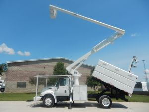 2002 International 4200 11 Ft. Southco Forestry Body 60 Ft. Work Height Altec LRV55 Model Boom