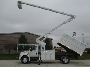 2005 International 4300 11 Ft. Southco Forestry Body 65 Ft. Work Height XT60 Model Boom