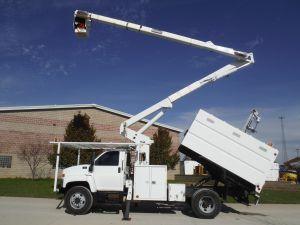 2003 Chevrolet C7500 11 Ft. Southco Forestry Body 60 Ft. Work Height Terex Hi-Ranger XT55 Model Boom