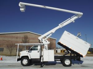 2005 GMC C7500 11 Ft. Southco Forestry Body 63 Ft. Work Height Altec LRV58 Model Boom
